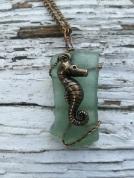 seahorse-bluegreen