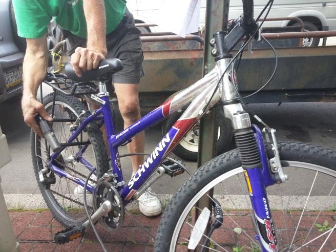 bike-locking-1